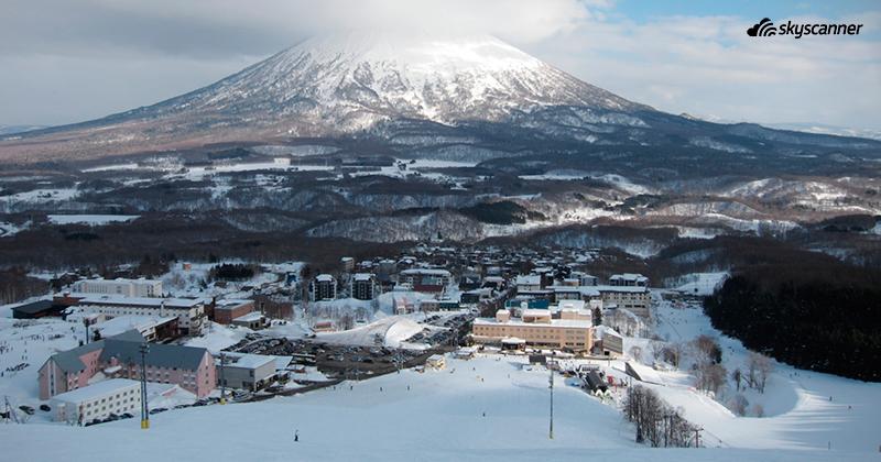 ภูเขาหิมะ ลานสกีเขาโยเตอิ